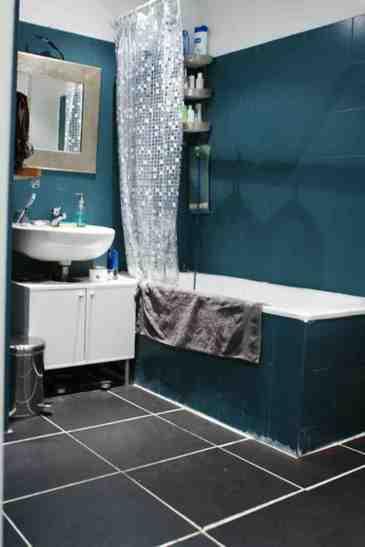 Enlever et poser du carrelage sur mur de salle de bain - 1
