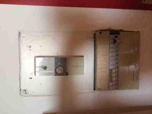 Rénovation appartement (électricité. Refonte cuisine. Refonte salle de bain. Remplacement et ajout velux) - 1