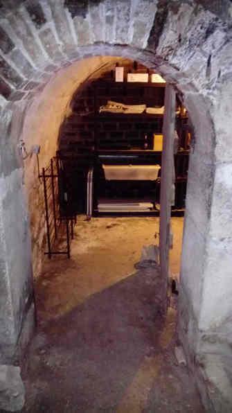 Pose de porte de cave métallique + maçonnerie - 1
